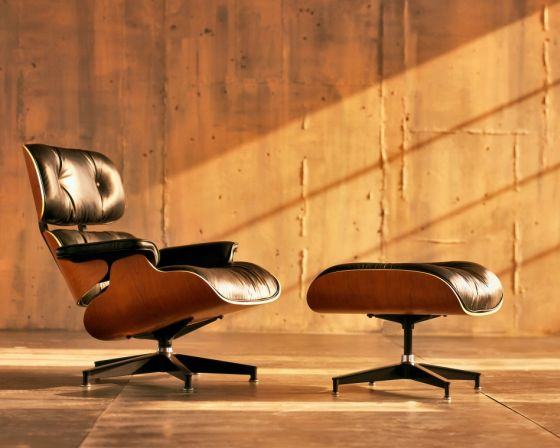 Earmes Lounge Chair